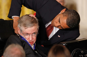 President Obama Gives Hawking a Medal